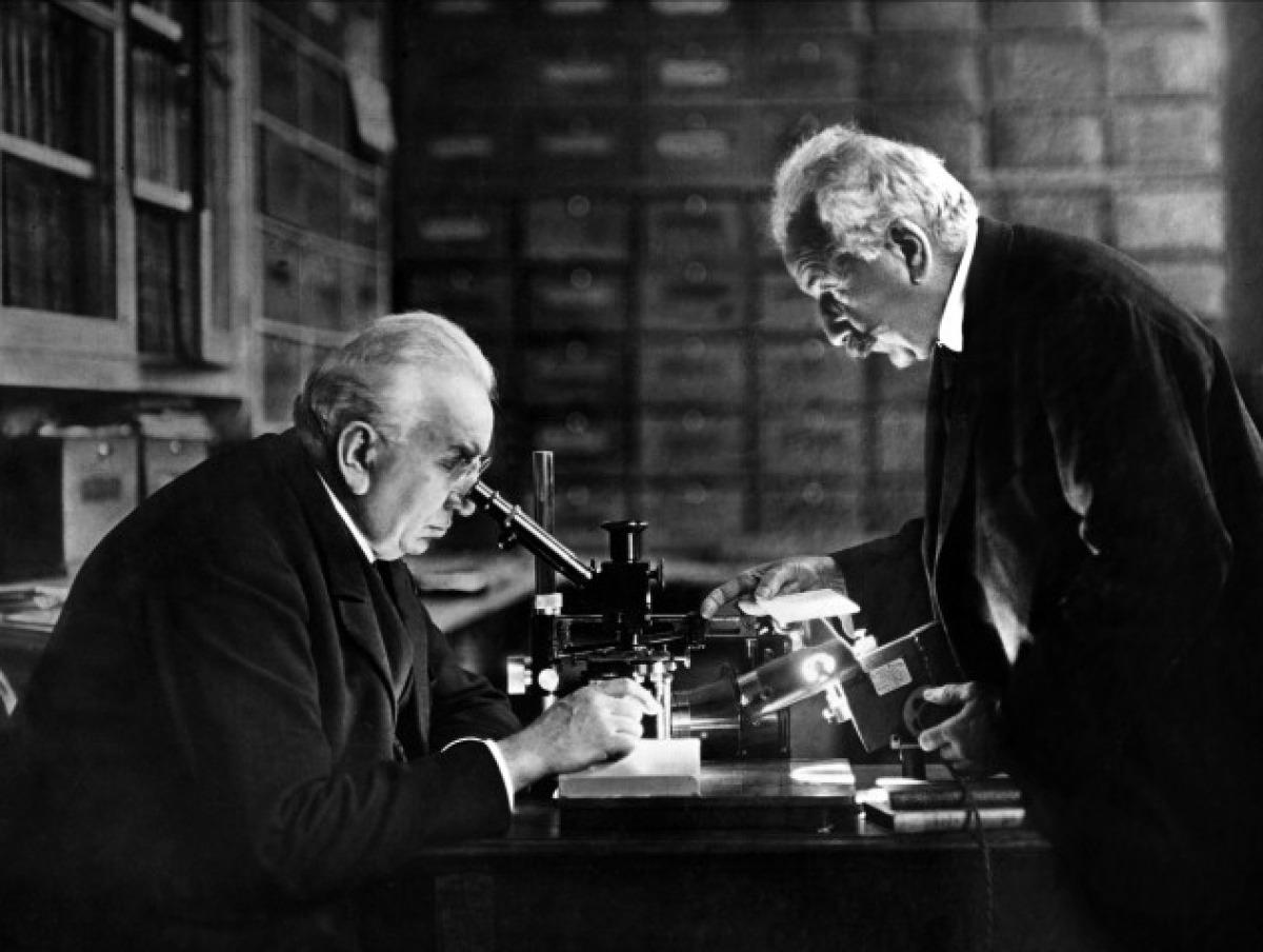 1895年12月28日、リュミエール兄弟による上映会のプログラム